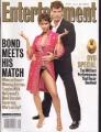 JAMES BOND 007 Entertainment Weekly (11/29/02) USA Magazine