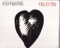 FOO FIGHTERS One By One USA 10